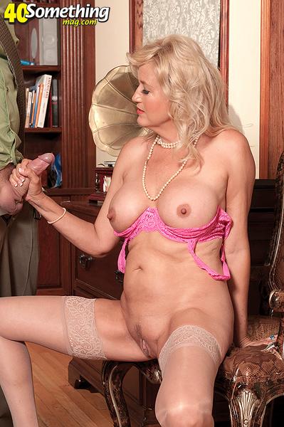 Порно тетки фото галерея