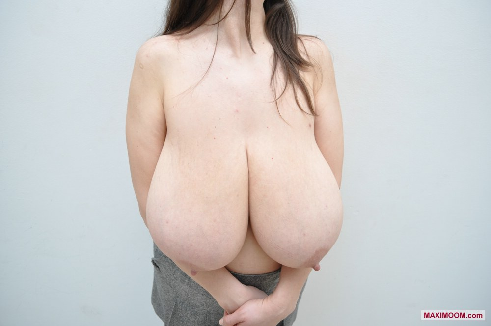 Pics Of The Biggest Tits In The World 58