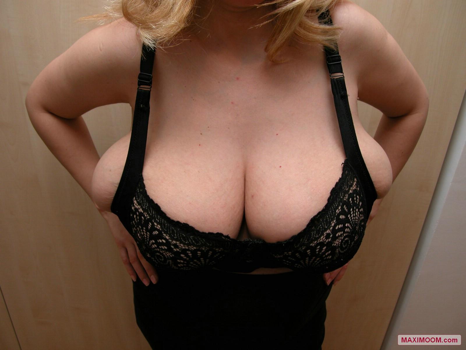 Free huge natural tits