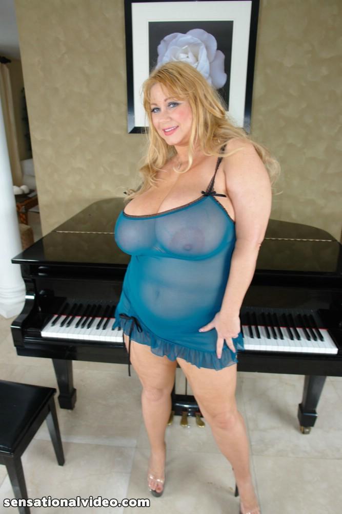 Fake topless porn nude uk celebs