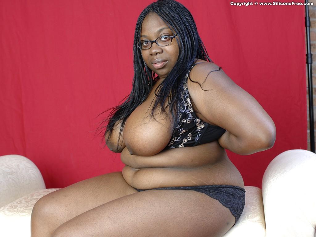 stephanie abrams boob