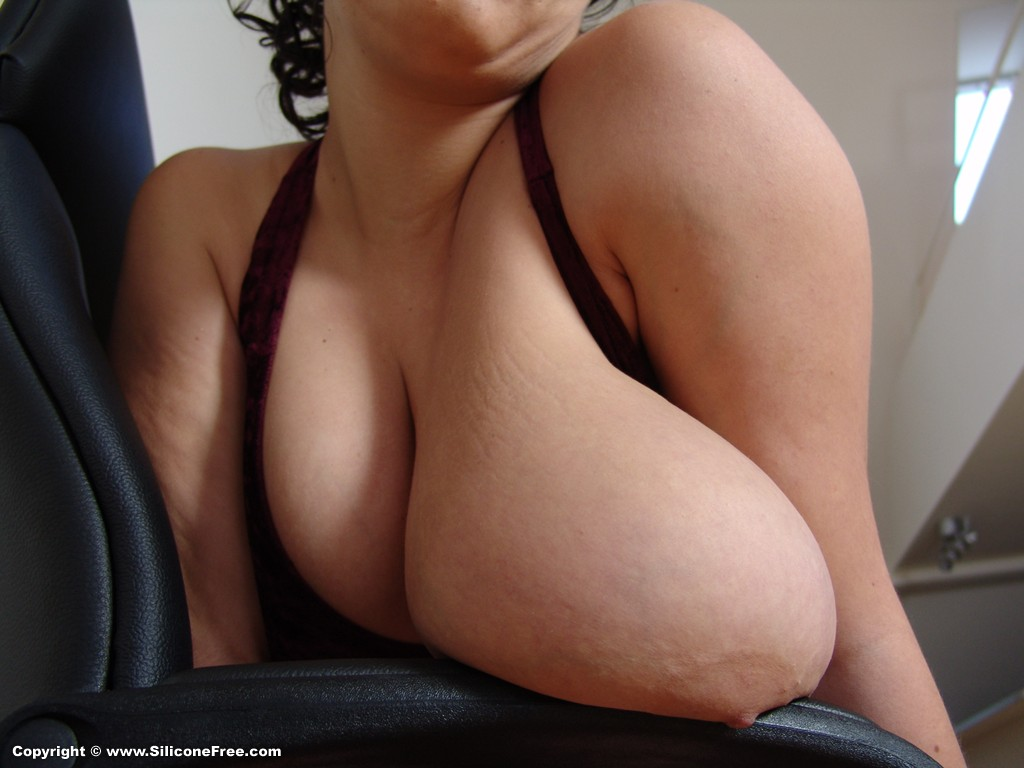 skinny nude girls small boobs from Silicone Free Image