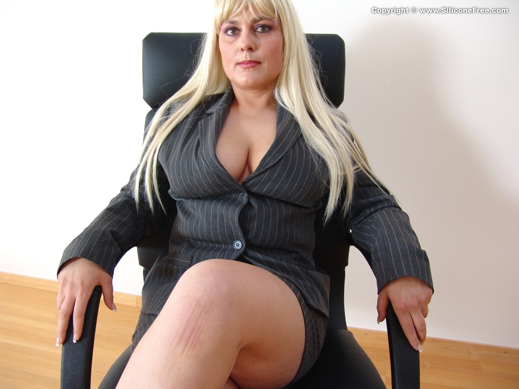 Geil carol Ann big boob dreams addicted bbc