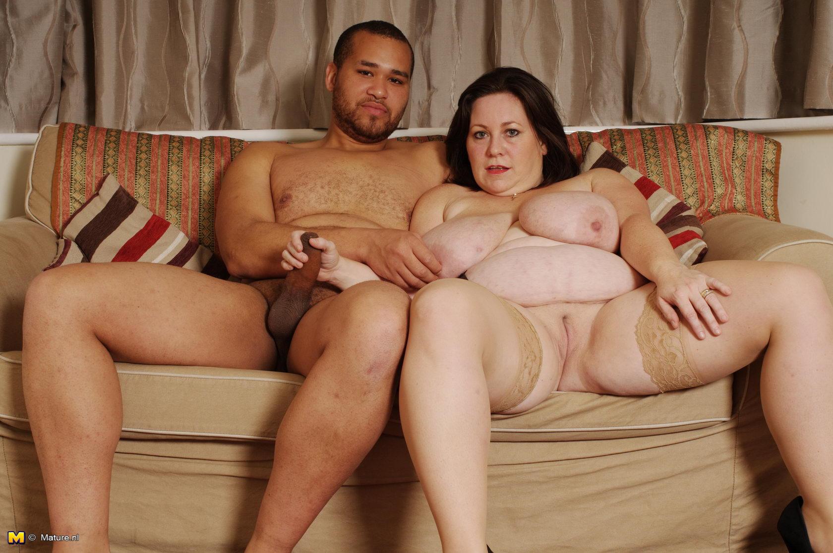 Секс зрелой с юнцом 19 фотография
