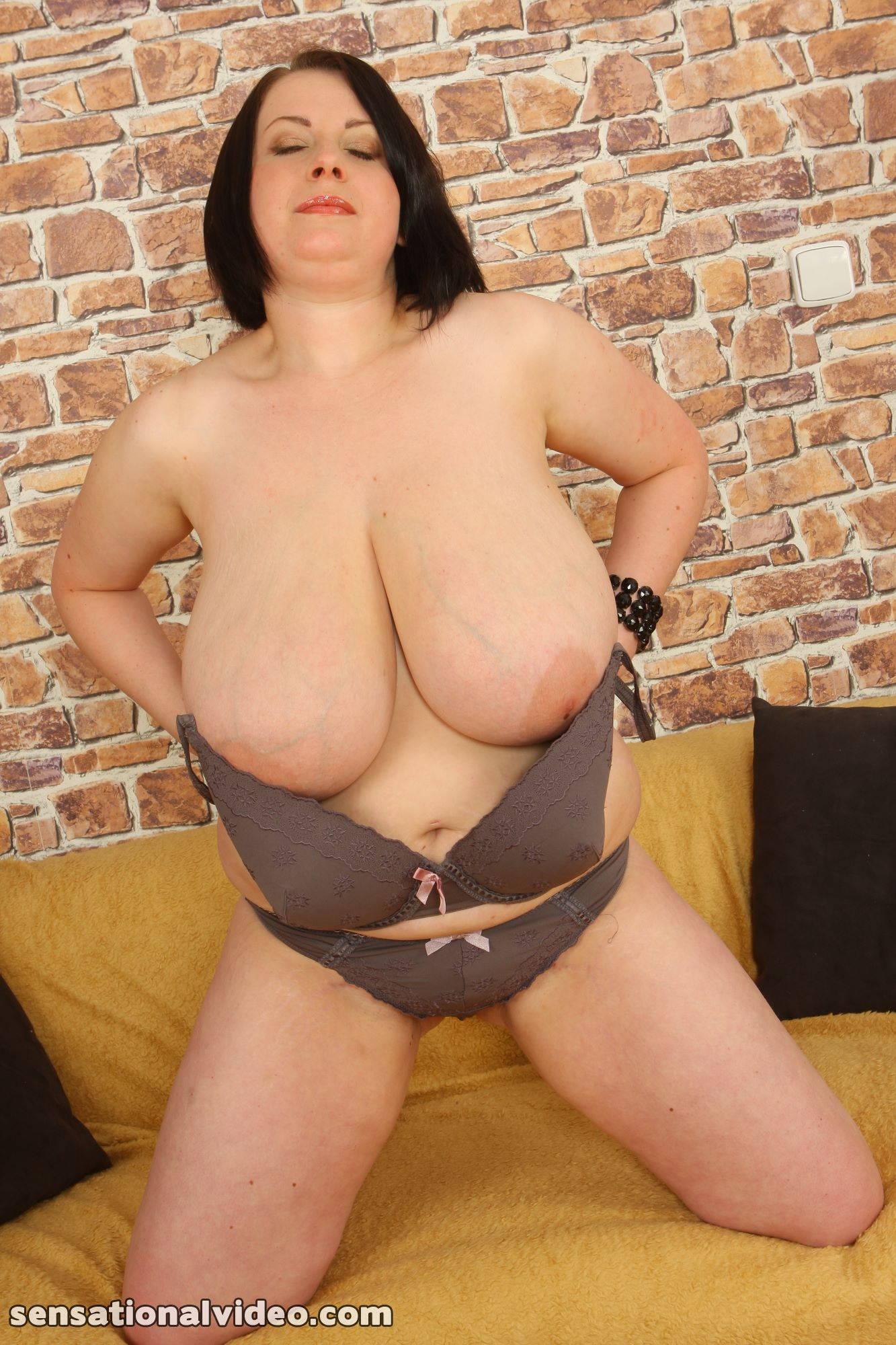 lesgalls spicytitties plumperpass gal535 pic 15