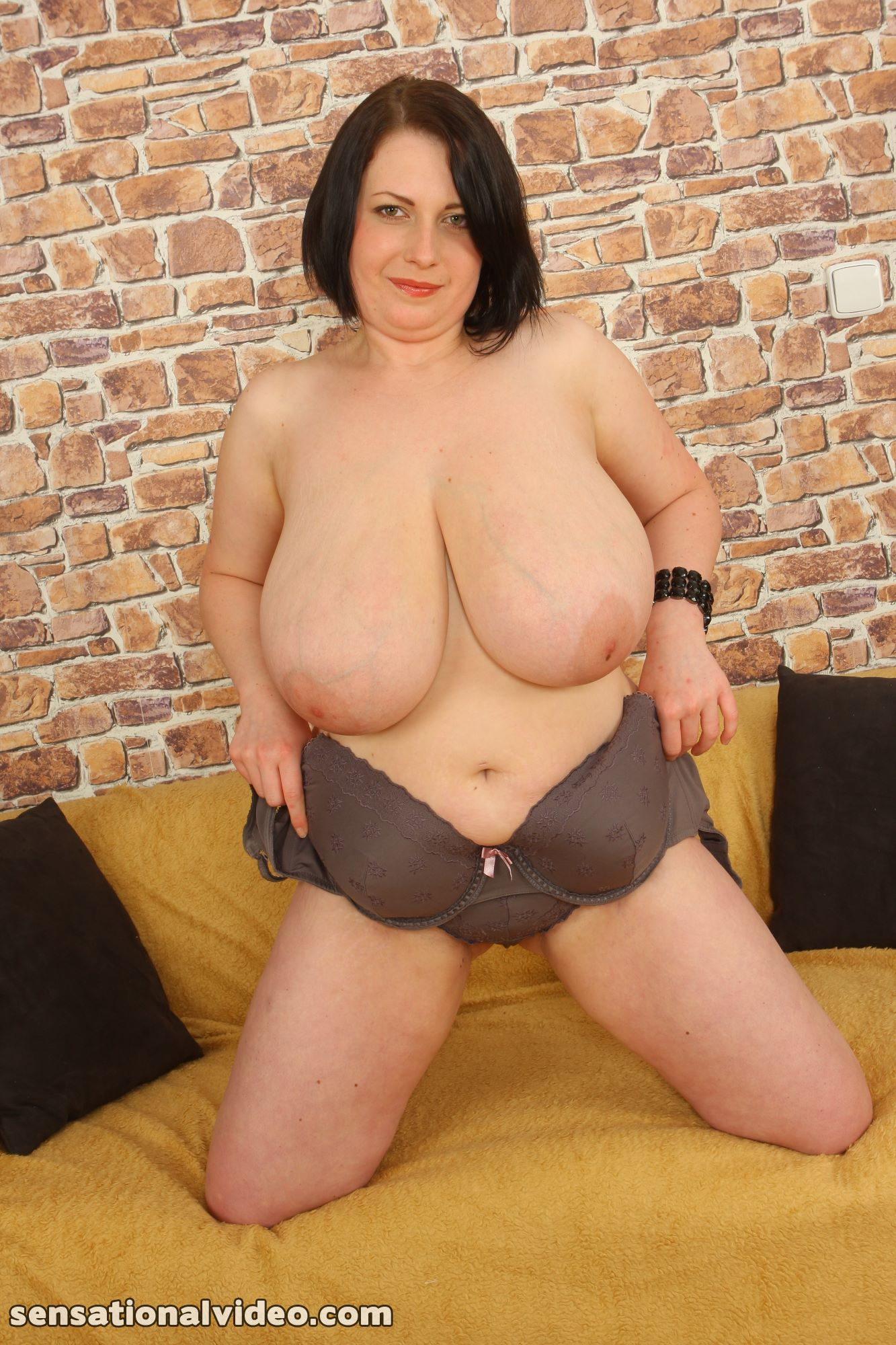 lesgalls spicytitties plumperpass gal535 pic 16