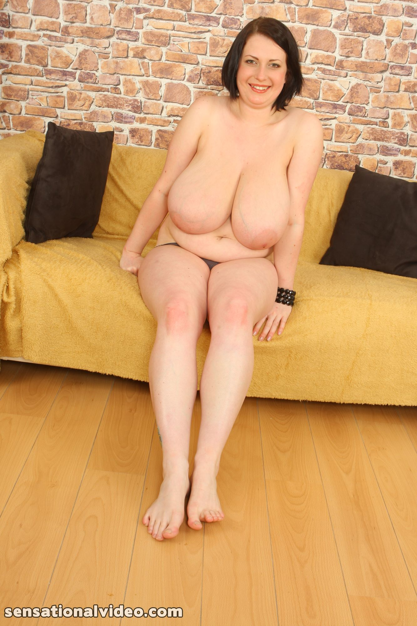 lesgalls spicytitties plumperpass gal535 pic 19