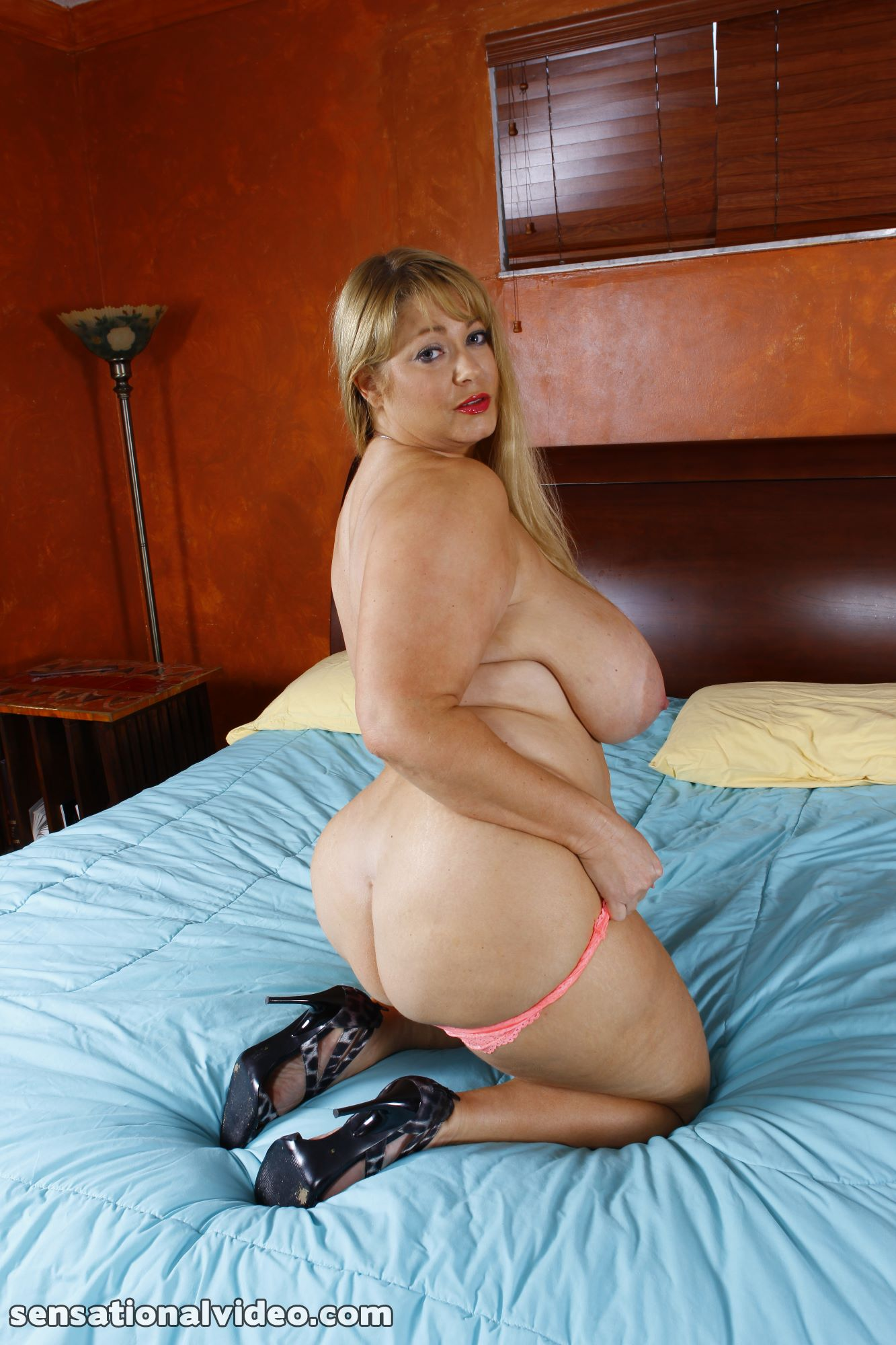 lesgalls spicytitties plumperpass gal538 pic 12