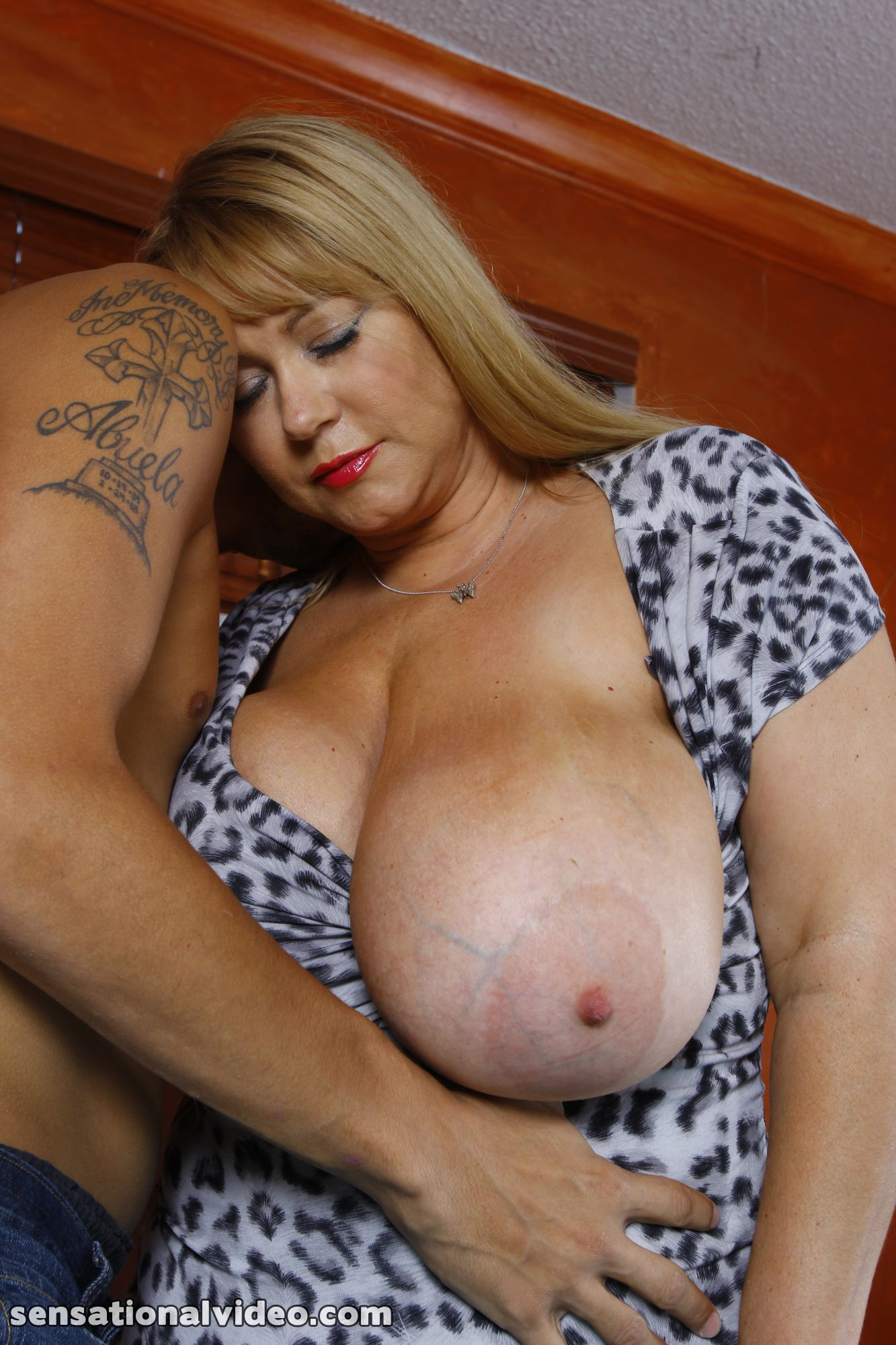 lesgalls spicytitties plumperpass gal538 pic 17