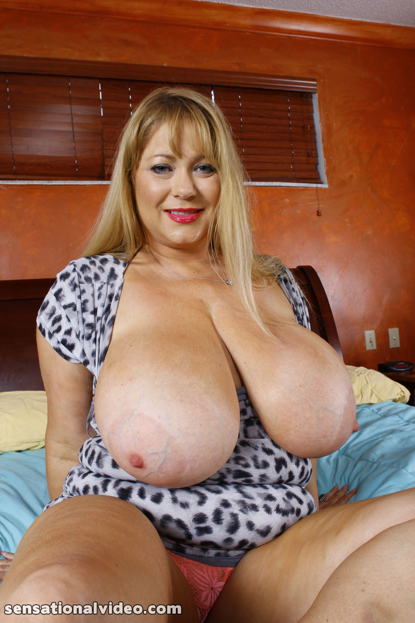 lesgalls spicytitties plumperpass gal538 pic 7