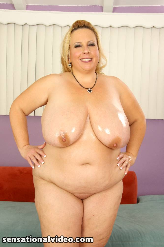 lesgalls spicytitties plumperpass gal54 pic 22