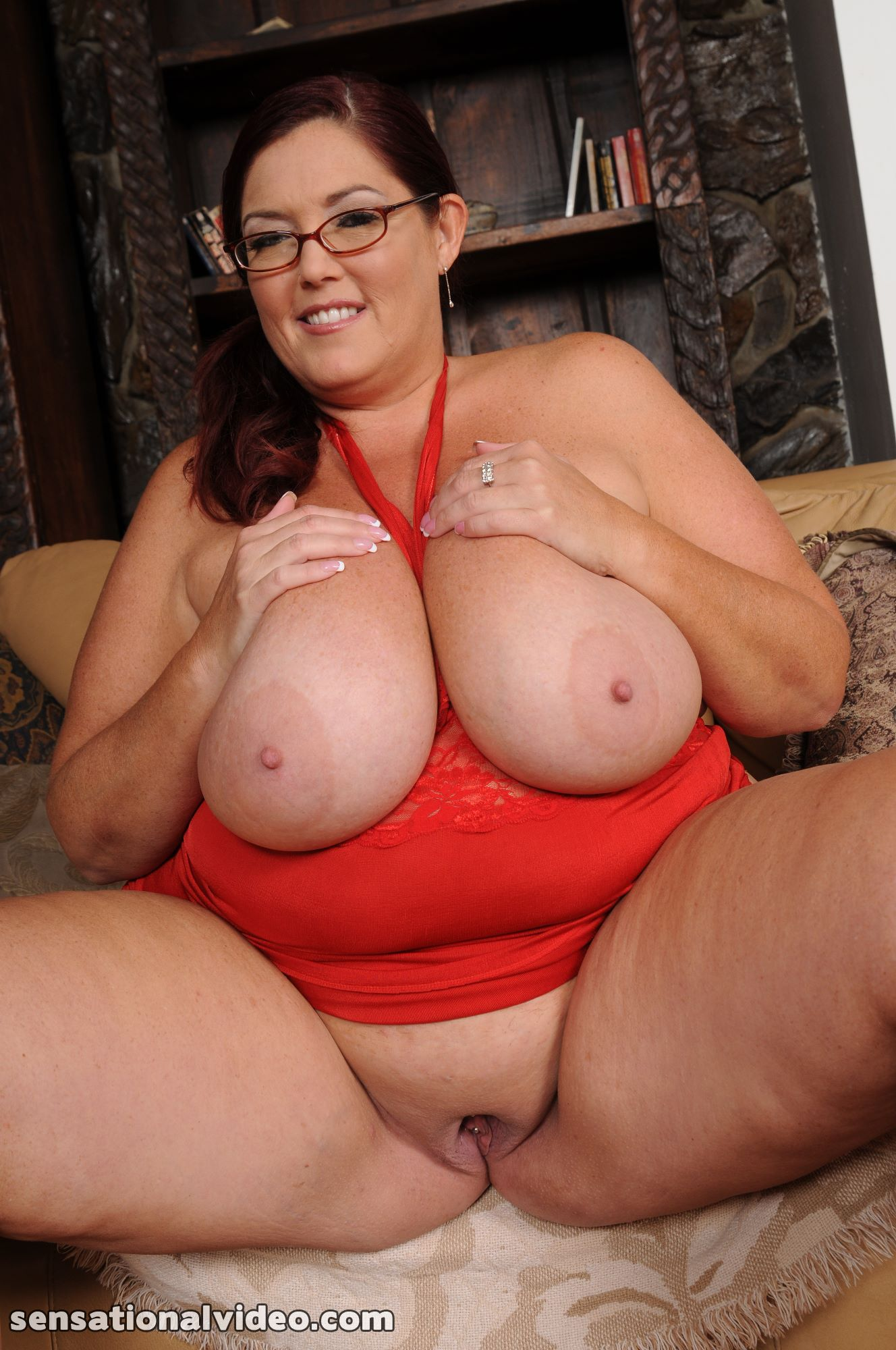 lesgalls spicytitties plumperpass gal553 pic 3
