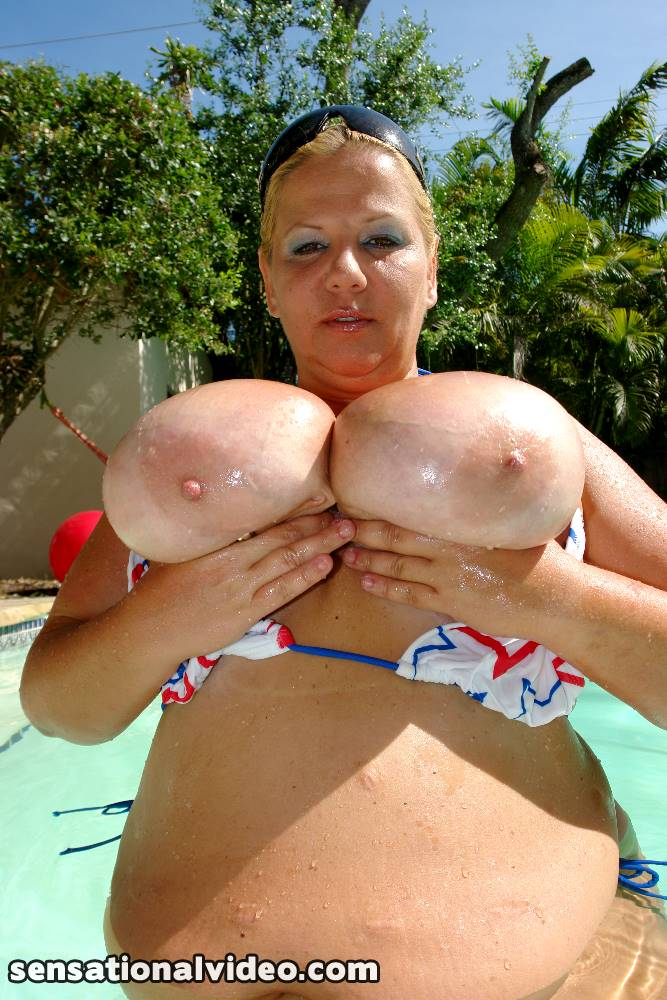 lesgalls spicytitties plumperpass gal95 pic 10