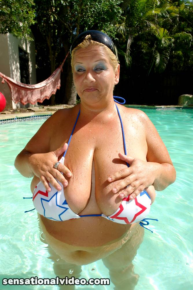 lesgalls spicytitties plumperpass gal95 pic 4
