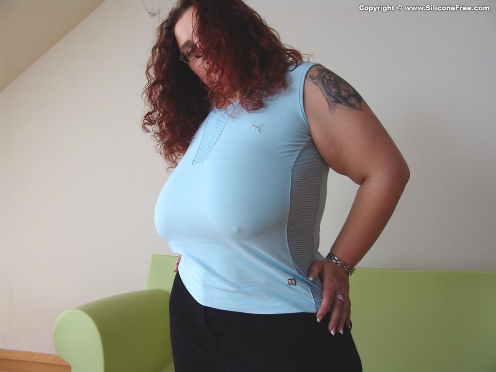 Real Big Tits Echte Riesenbusen