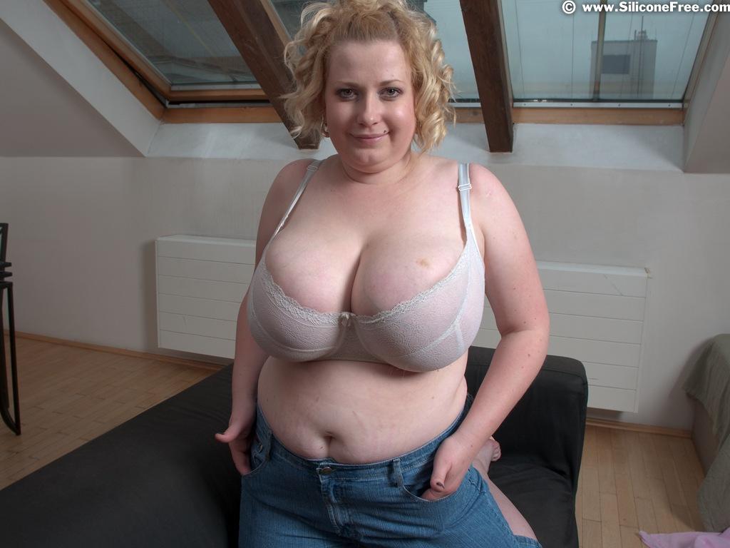 Huge natural melon size tits at obgyn doc 3