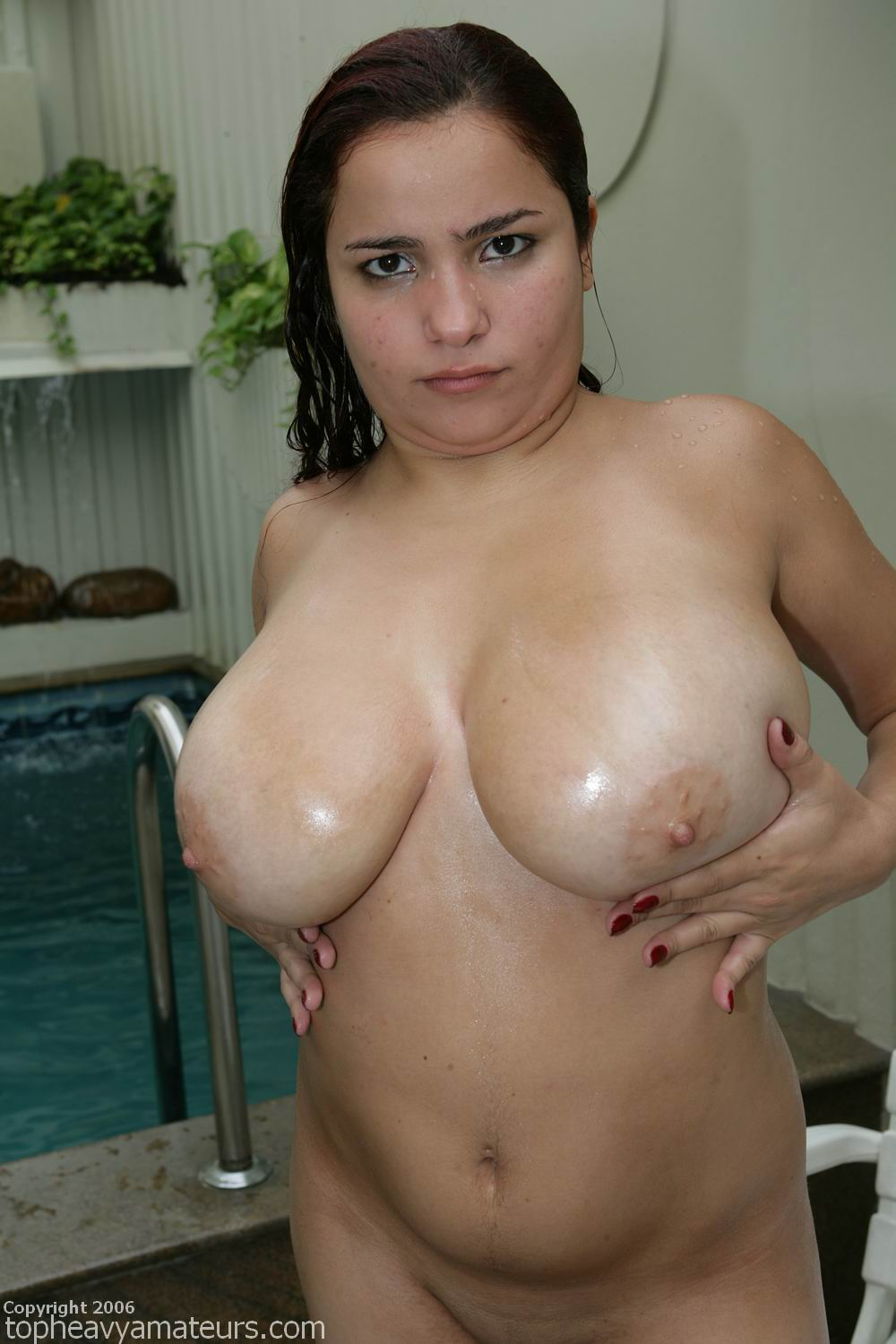 Heavy natural boobs