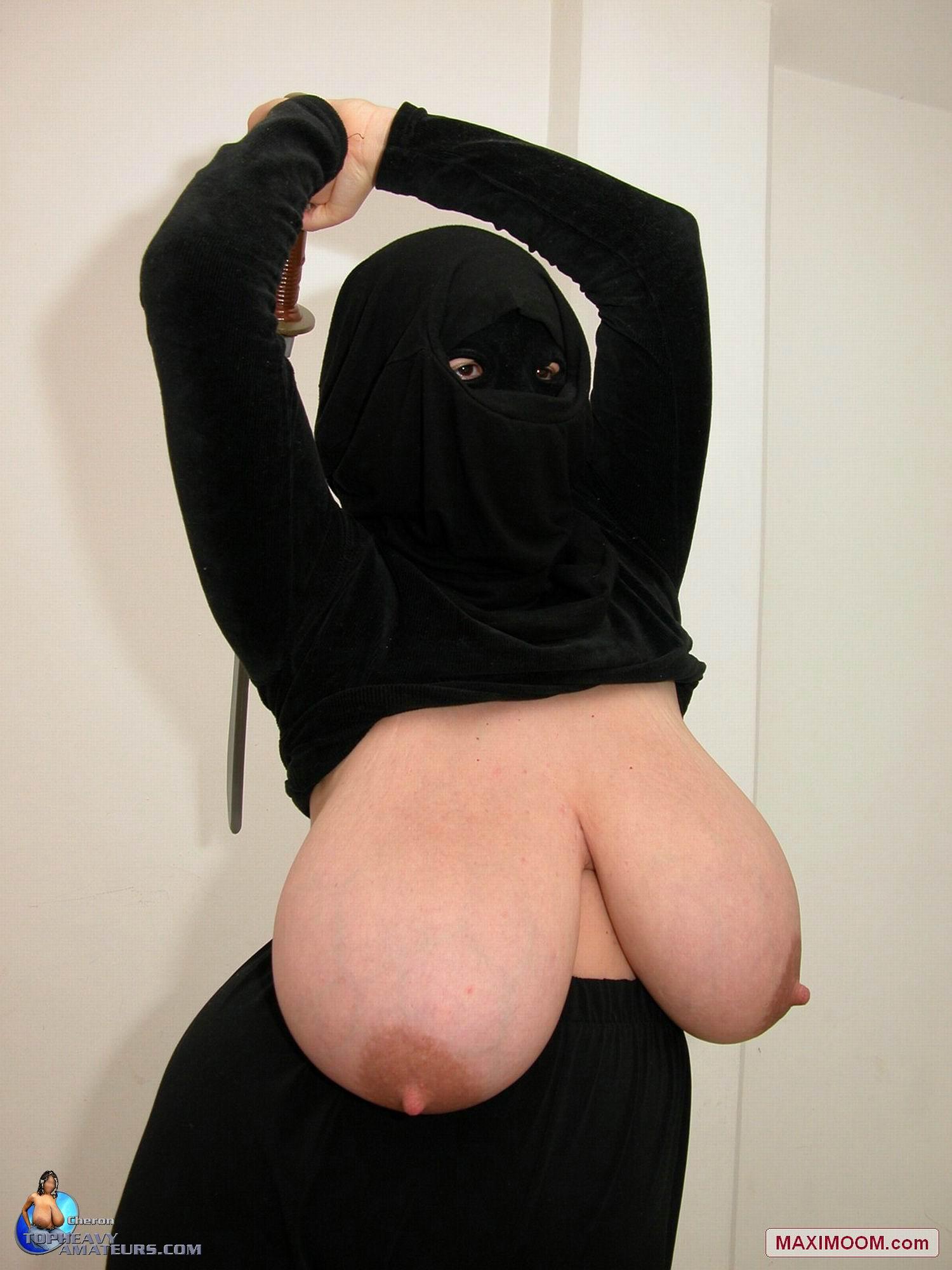 Hot busty gal amateur live cam video 3