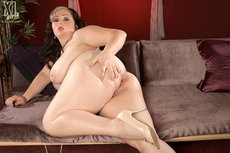 фото галереи пышных порно леди