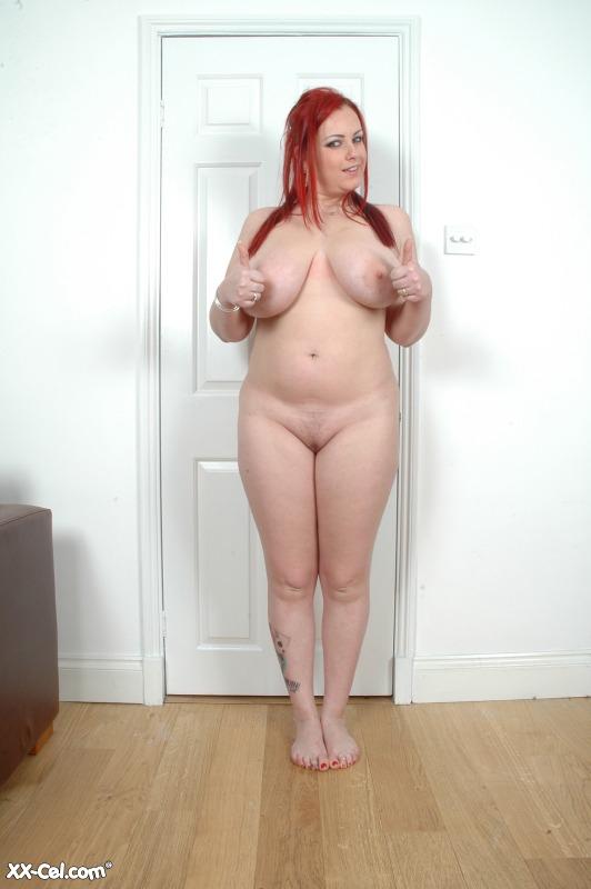 gwen garci sexy posed